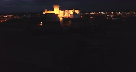 укрепленный : Aerial view of the city of Estremoz