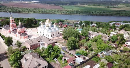 templomtorony : Picturesque architectural ensemble of old Orthodox Nikitsky Monastery with Transfiguration Cathedral and Nikitsky church in Kashira, Russia