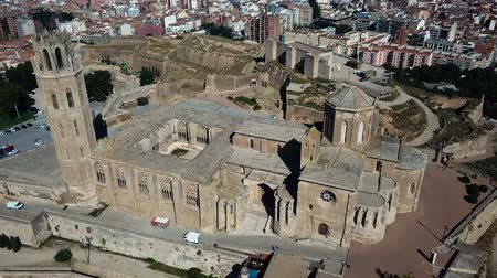 citadela : View from drone of Catalan city of Lleida with medieval Cathedral of St. Mary of La Seu Vella Dostupné videozáznamy
