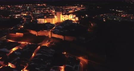citadela : Estremoz cityscape and medieval fortified Castle (Castelo de Estremoz) in night lights, Portugal