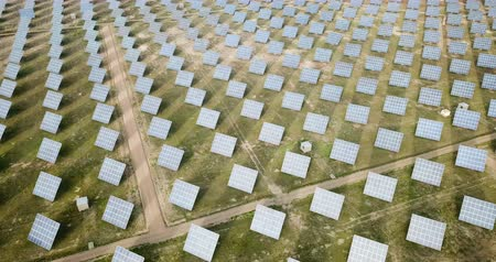 silicon : Renewable energy – panels of solar power station in green field
