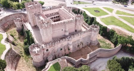 forestal : Aerial view of impressive Spanish Mudejar architecture of Castle in Coca municipality, central Spain