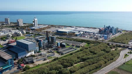 stabiliteit : Aerial view of industrial facilities of Mataro factory producing detergent and air fresheners, Costa del Maresme, Spain