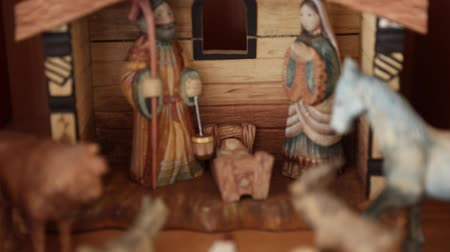 moudrý : A beautiful russian hand carved Nativity Creche set out in the home for the holidays Dostupné videozáznamy