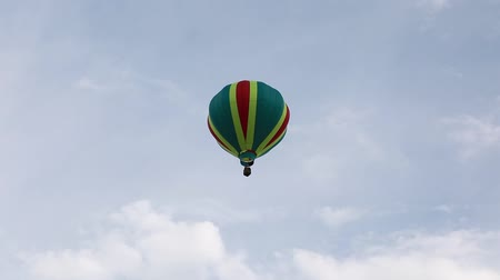 propane : A pilot flies his hot air balloon into the sky