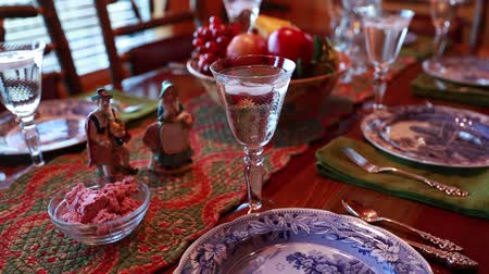bankett : a table is set for the thanksgiving dinner