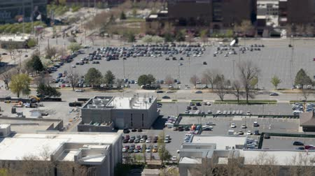 só : An aerial view of city traffic and people in Salt Lake City Utah
