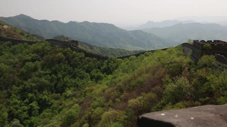 onarılmış : An incredible ancient section of the great wall of china Beijing mutianyu section