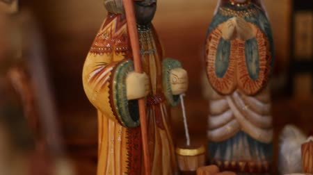 moudrý : A beautiful hand carved and painted Nativity Creche
