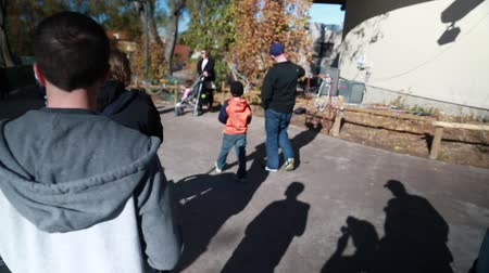бабушка : boy in stroller with family at the zoo