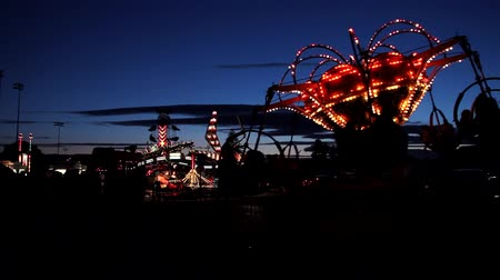 targi : Carnival Ride with Strobe Light
