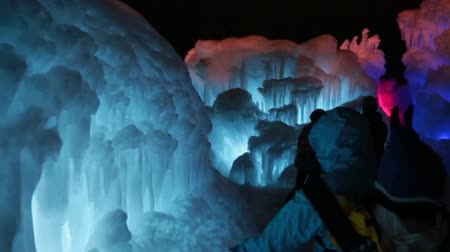 gelado : families at frozen ice castle