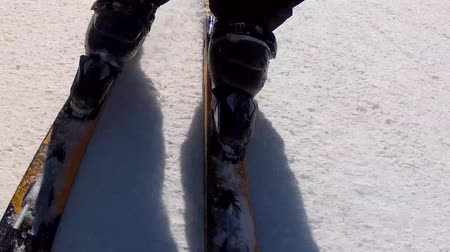 buty : close up of downhill skis Wideo