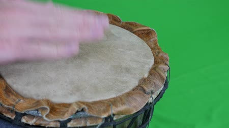 enstrüman : Green Screen A Male Playing the Wooden Drum