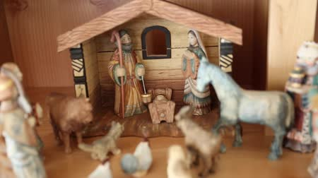 frango : Hand carved wood Nativity creche