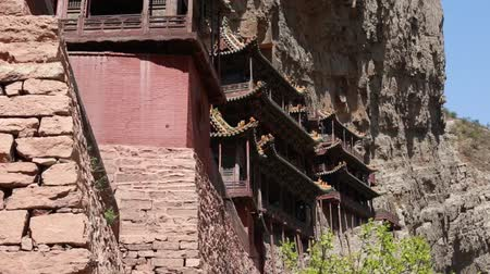 budha : hanging temple monastery at datong china dolly Stock Footage