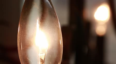 электричество : macro candelabra light bulb