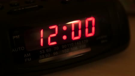 poplach : Rack focus alarm clock that has been reset