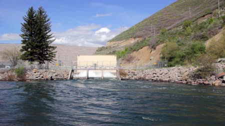 gates : Sluice gates release flood water from dam