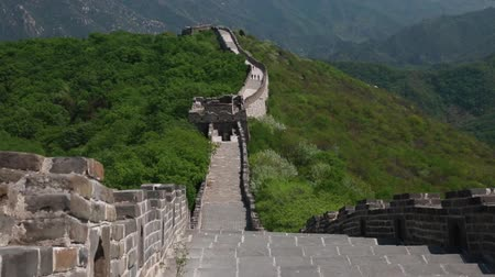 onarılmış : wall along the great wall of china beijing jiankou section Stok Video