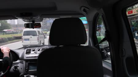 řídit : driving in a van on the streets of chengdu china Dostupné videozáznamy