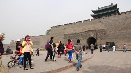 zametání : The wall and towers of Pingyao China