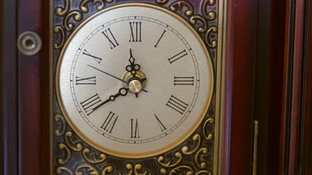 antika : Cool antique clocks hands rotate with time