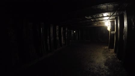 eixo : Dark tunnel deep inside coal mine