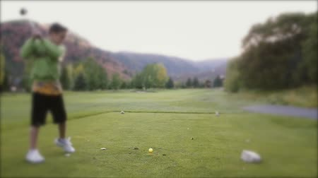 ловушка : Slow motion of driving a golf ball on the course