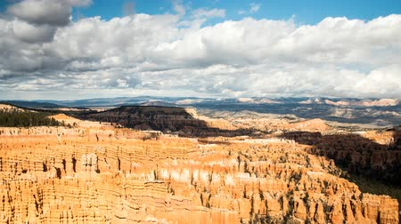 martelo : Timelapse clouds over amazing bryce canyon national park