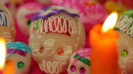 esquerda : Mexican Dead Day Offering (HD). Day of the dead sugar skulls. Left Pan.