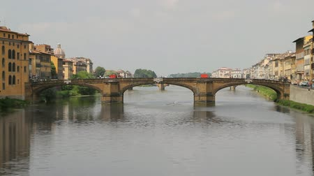 florencja : Florence Italy Arno River Bridge View (HD)