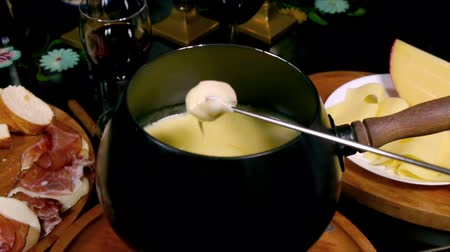 bandeja : Swiss Fondue Sequence (HD)