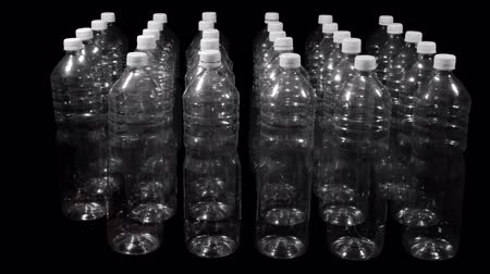 şişeler : Plastic Bottles Appear In Rows With Included Alpha Channel for Compositing