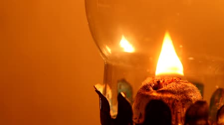 lampa naftowa : Kerosene lamp close up