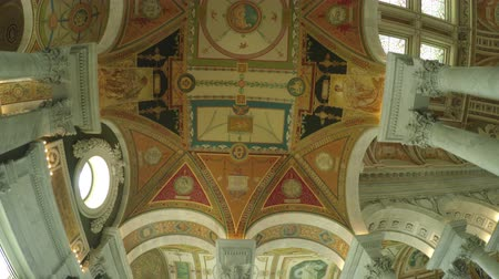 купол : Washington DC, USA - 16 May 2015: The Great Hall ceiling of the Library of Congress in the US Capitol.
