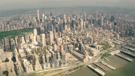 voar : Aerial view of Central Park and Manhattan cityscape in New York City, USA. Stock Footage