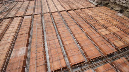 cement floor : Reinforce iron cage net for built building floor in construction site