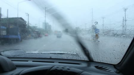 wiper : driving car in raining
