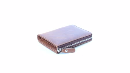 кошелек : brown wallet on isolated white