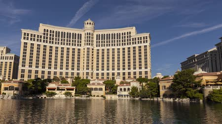 jelentette : LAS VEGAS - SEPTEMBER 2: The Bellagio Hotel on September 2, 2013 in Las Vegas, Nevada. Bellagio opened on October 15, 1998, just before 11 pm, in a ceremony that was reported to cost US$88 million.