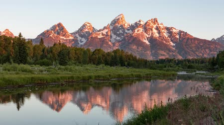 grand tetons : Grand Teton Mountain Sunrise Timelapse