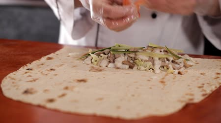chawarma : Preparation of shawarma in place of fast food Stock Footage