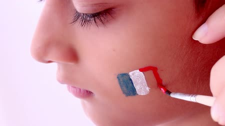 pędzel : face painting flag of France