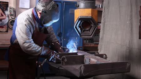 fire facilities : Heavy industry - welding Stock Footage