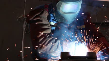 industry : Heavy industry - welding Stock Footage