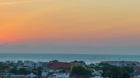 Колумбия : View of sunset in Cartagena, Colombia with the camera panning from left to right Стоковые видеозаписи