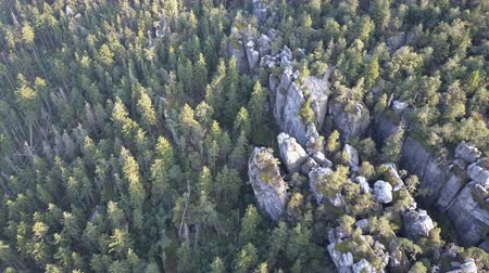 столовая гора : Amazing rock formation on Szczeliniec Wielki in Table Mountains National Park. Tourist attraction of Polish Sudetes