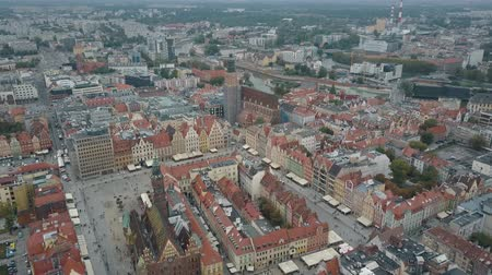 elisabeth : Aerial view of Wroclaw city. Beautiful, old town. Crowded Market square of a big European city. Stock Footage