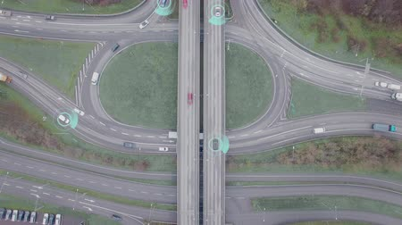 vigilância : Intelligent self driving cars in a roundabout
